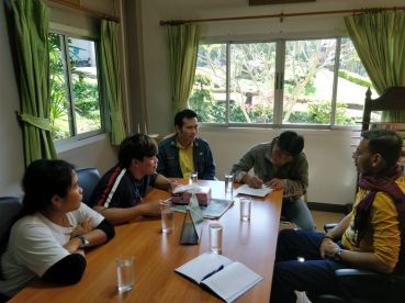 Team Members interviewing the Head of Vegetable and Fruits Department associated with the Nong Hoi Development Centre of the Royal Project Foundation in Chiang Mai