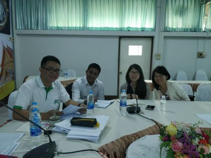 Team Members meeting Mr. Jessada, Representative from the Department of Agriculture Extension at Chiang Mai