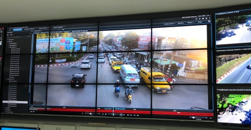 Scene of a morning rush hour congestion as observed on one of the screens in the city's Traffic Control Center. Unrestrained motorisation and a lack of public transport investment and land use planning over many years has resulted in serious problems such as chronic congestion, worsening air pollution, and urban decay in the city. These problems not only compromise Chiang Mai's livability but also pose a direct threat to the tourism industry, one of the city's key economic drivers.